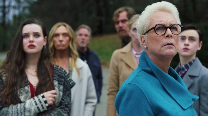 Imagen del reparto de 'Puñales por la espalda' con Jamie Lee Curtis a la cabeza