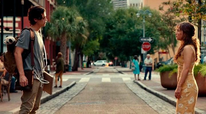 Cole Sprouse y Haley Lu Richardson en 'A dos metros de ti'