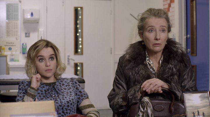 Emilia Clarke y Emma Thompson en 'Last Christmas'