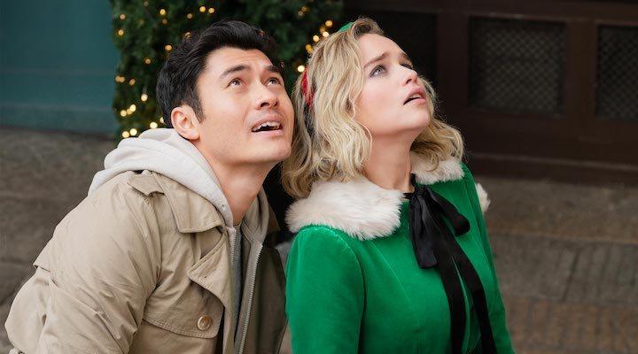 Henry Golding y Emilia Clarke en 'Last Christmas'