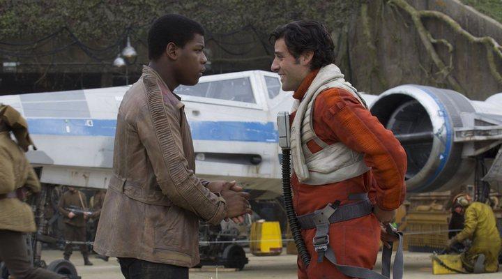 Finn y Poe en 'Star Wars: El Despertar de la Fuerza'