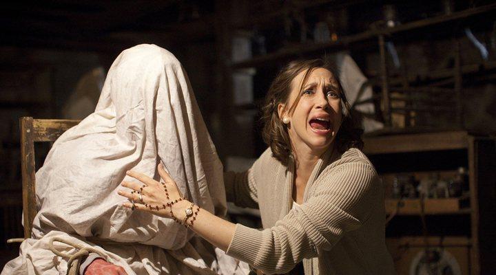 Vera Farmiga como Lorrain Warren en Expediente Warren