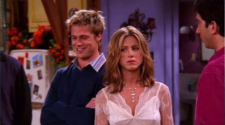 Brad Pitt y Jennifer Aniston en 'Friends'
