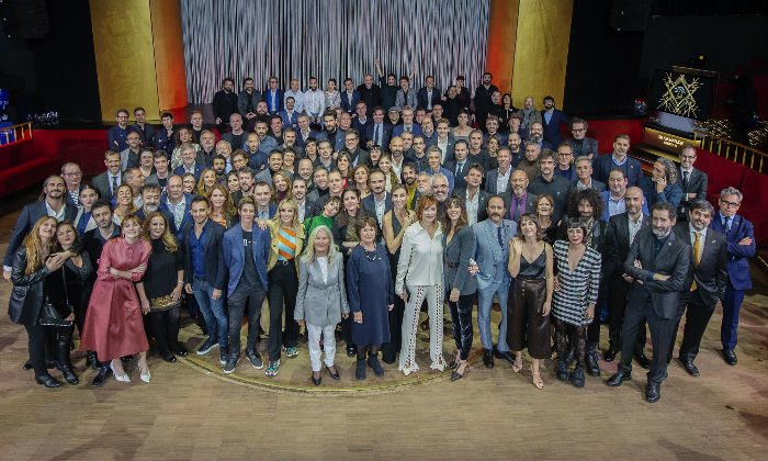 Foto de grupo de los asistentes a la cena de nominados de los Goya 2020