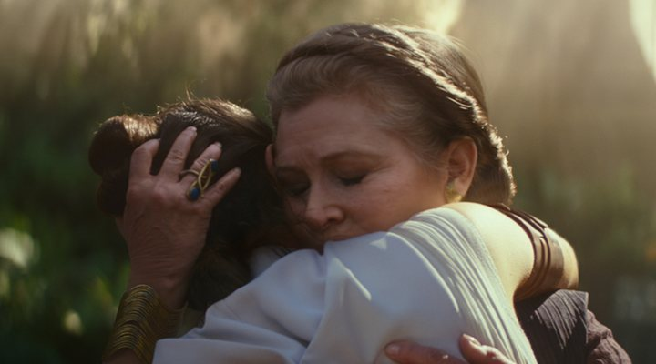 Daisy Ridley y Carrie Fisher en 'Star Wars: El ascenso de Skywalker'