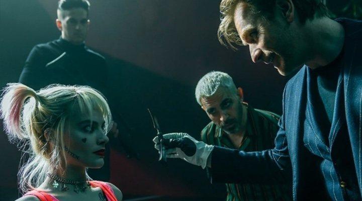 Margot Robbie y Ewan McGregor en 'Aves de Presa'