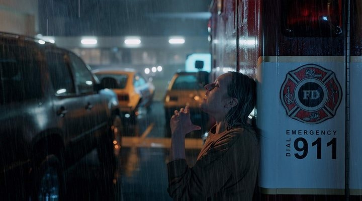 Elisabeth Moss protagoniza la última película del director Leigh Whannell, 'El hombre invisible'