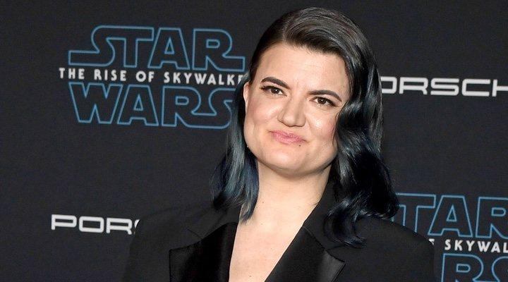 Leslye Headland, co-creadora de 'Muñeca rusa' en la alfombra de 'Star Wars: El Ascenso de Skywalker'
