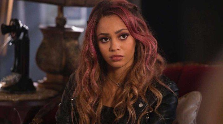 Vanessa Morgan en 'Riverdale'
