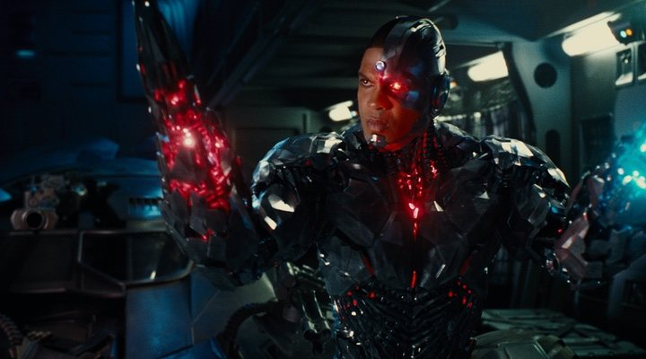 Ray Fisher (Cyborg) se retracta de cumplidos hacia Joss Whedon