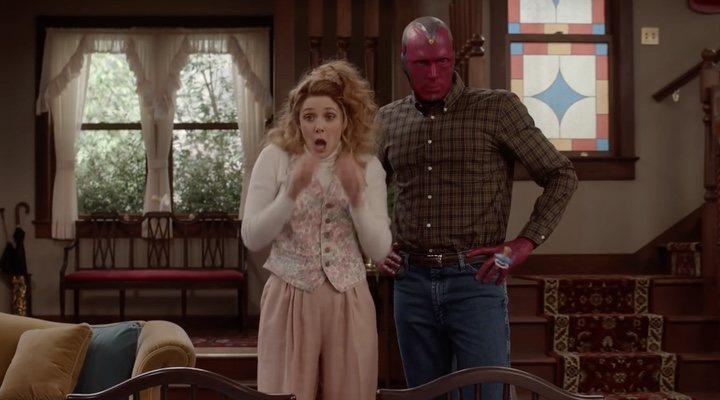 Elizabeth Olsen y Paul Bettany en 'WandaVision'