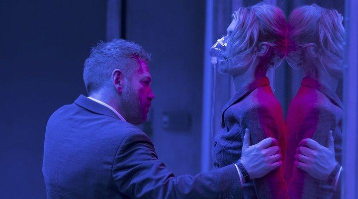 Kenneth Branagh y Elizabeth Debicki en 'Tenet'