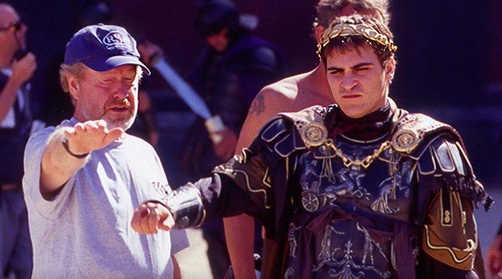 Ridley Scott y Joaquin Phoenix en el rodaje de 'Gladiator'