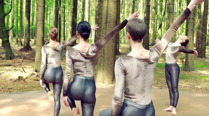 'Cunningham': El bailarín visionario
