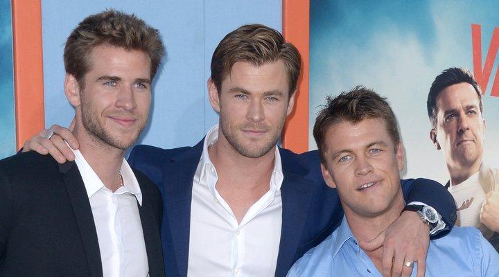 Liam Hemsworth, Chris Hemsworth y Luke Hemsworth
