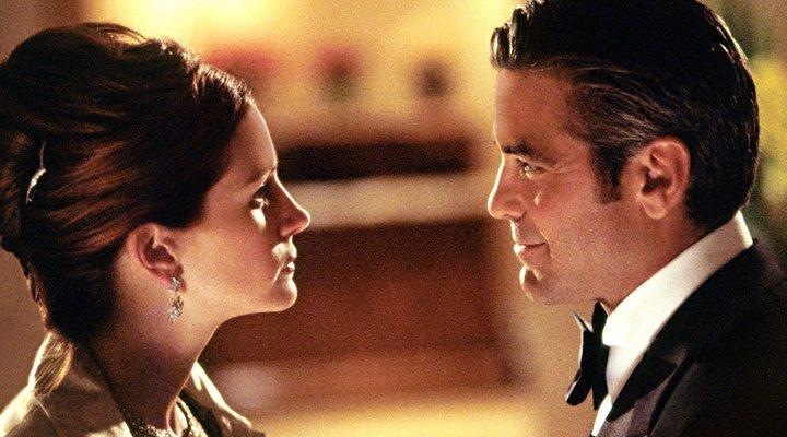 Julia Roberts y George Clooney en 'Ocean's Eleven'
