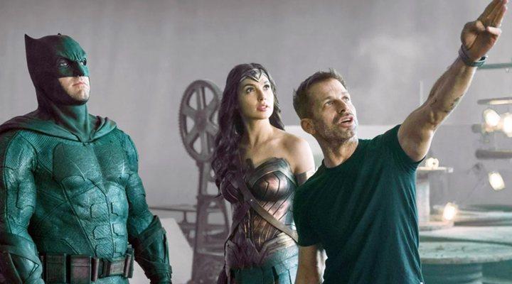 Zack Snyder dirigiendo 'Liga de la Justicia'