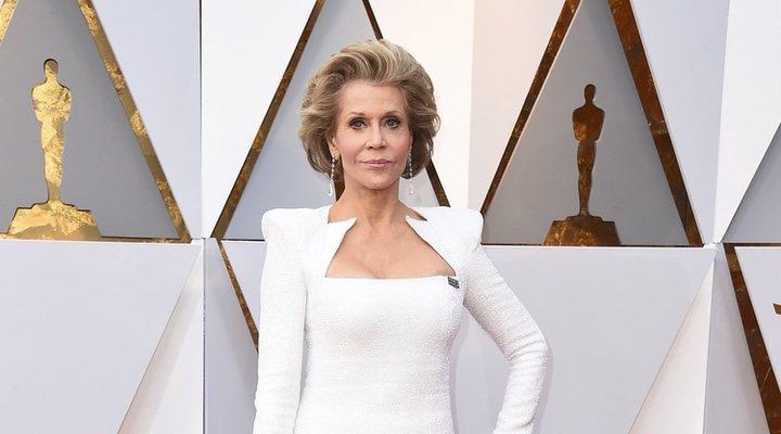 Jane Fonda en la alfombra roja de los Oscar