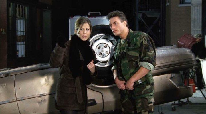 Jennifer Aniston y Jean-Claude Van Damme en 'Friends'