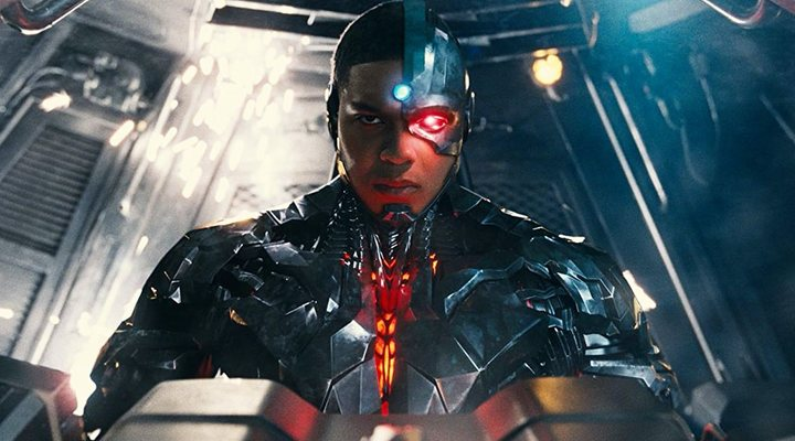 Ray Fisher como Cyborg