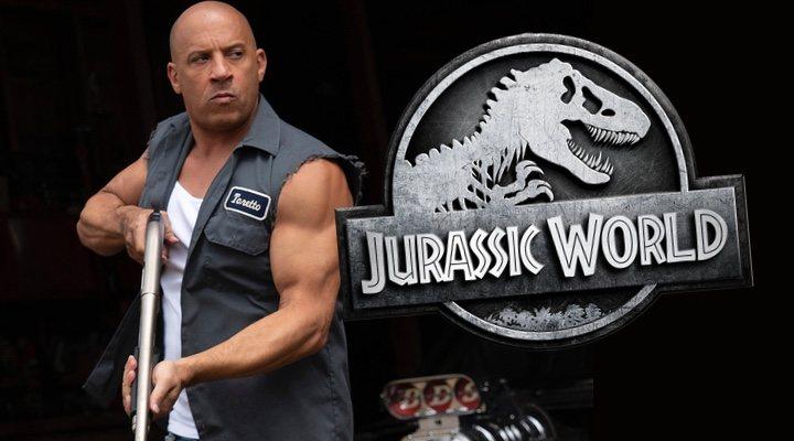 Vin Diesel en 'Fast & Furious 9' junto al logo de 'Jurassic World'