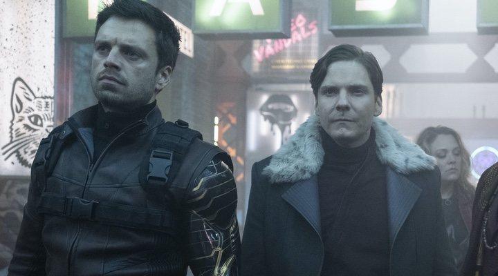 Sebastian Stan y Daniel Brühl en 'Falcon y el Soldado de Invierno'