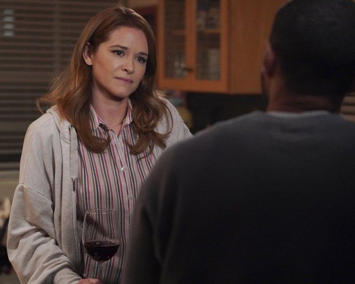 Sarah Drew en la temporada 17 de 'Anatomía de Grey'