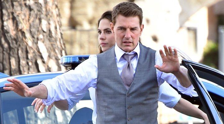 Hayley Atwell y Tom Cruise en 'Misión Imposible 7'