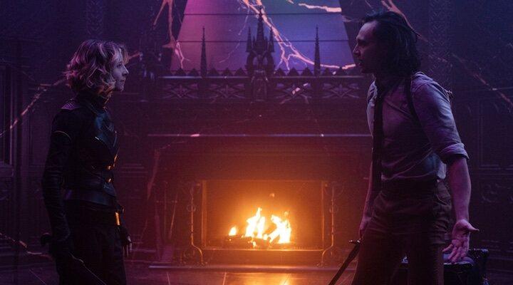 Sophia di Martino y Tom Hiddleston en 'Loki'