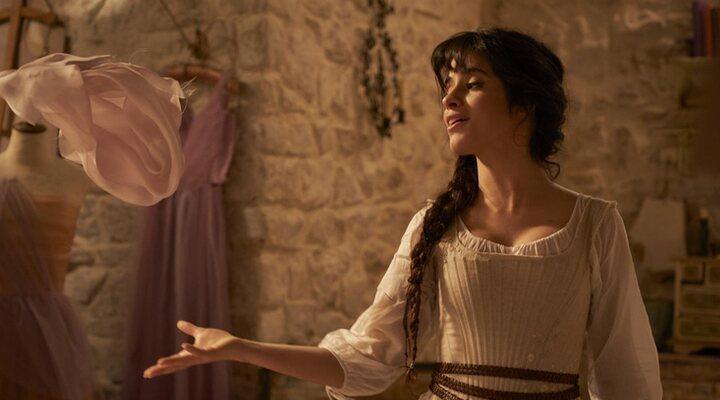 Camila Cabello en 'Cinderella'