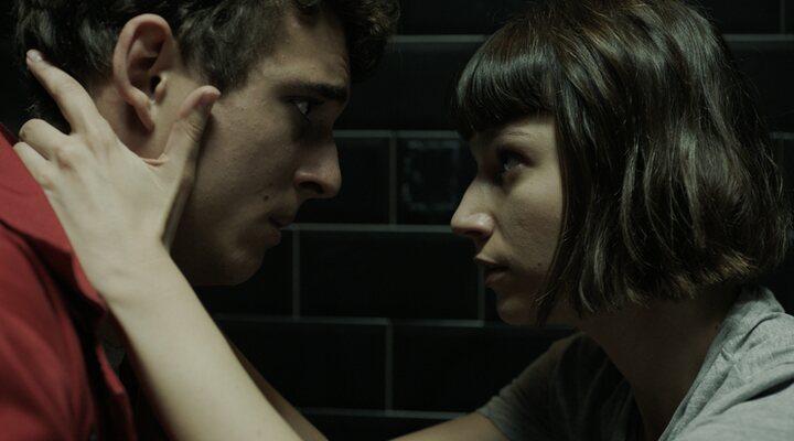 Miguel Herrán y Úrsula Corberó en 'La casa de papel'