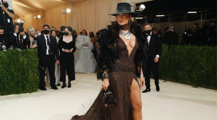 Jennifer Lopez en la Gala Met 2021