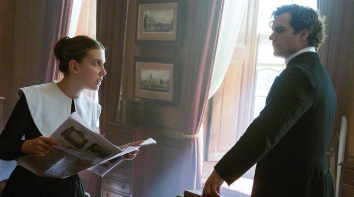 Millie Bobby Brown y Henry Cavill en 'Enola Holmes'