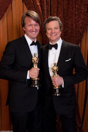 Tom Hooper y Colin Firth con sus Oscar