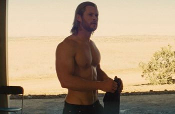 Chris Hemsworth desnudo en Thor