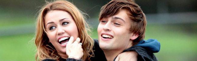 Douglas Booth será el Romeo de Hailee Steinfeld