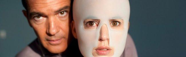 Elena Anaya y Banderas en 'La piel que habito'