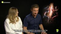 """Jeremy Renner ('Capitán América: Civil War'): """"Bruja Escarlata es la vengadora más poderosa que hay"""""""