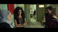 'Bar Bahar - Entre dos mundos' Clip Nueva compañera de piso