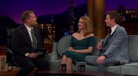 Eddie Redmayne y Jessica Chastain en 'The Late Late Show with James Corden'