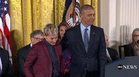 Ellen DeGeneres, entre lágrimas, recibe la Medalla Presidencial de la Libertad