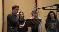 ¿Cómo ha sido el proceso de grabación de la canción de '¡Canta!' en España?