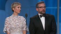The funny moment of Steve Carell and Kristen Wiig at the 74th Golden Globes Awards