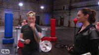 'Wonder Woman': Gal Gadot enseña a Conan cómo pelear