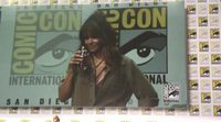 Halle Berry chugges her whiskey at 2017 Comic-Con