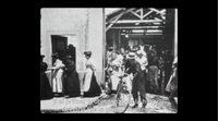 https://www.ecartelera.com/videos/clip-lumiere-salida-de-los-obreros-de-la-fabrica-lumiere/