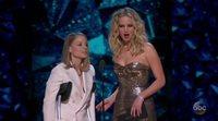 Oscar 2018: Jodie Foster y Jennifer Lawrence presentan el premio a mejor actriz