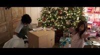 Clip 'Familia al Instante': 'Christmas boxes'