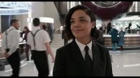 Clip 'Men in Black: International': El universo se expande