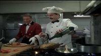 Clip 'Un ratoncito duro de roer' restaurante